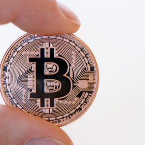 ビットコインってどこで使えるの?