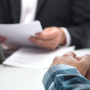 ローン審査に影響する属性とは?融資倍率や頭金の目安とともに解説